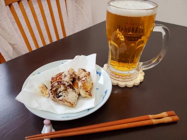 タコの唐揚げとビール